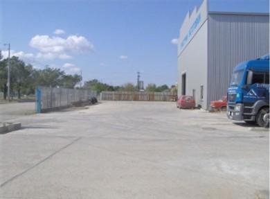 Парцели за промишлено строителство за продажба (гр.Ямбол)